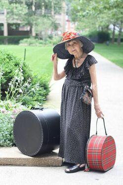 Женская кепка восьмиклинка с чем одевать фото