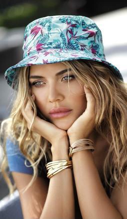 Зачем покупать женскую шляпу для лета фото