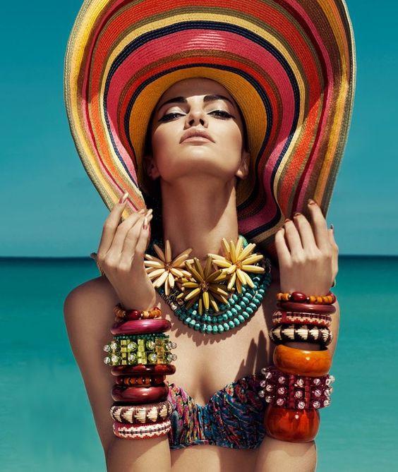 Модные цвета головных уборов фото