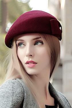 Модные женские береты на осень фото