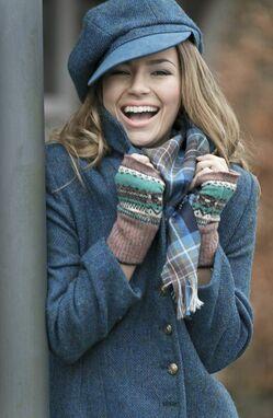 Как носить осеннюю кепку девушке фото