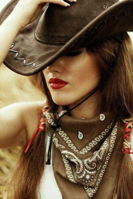 Шляпы в ковбойском стиле фото