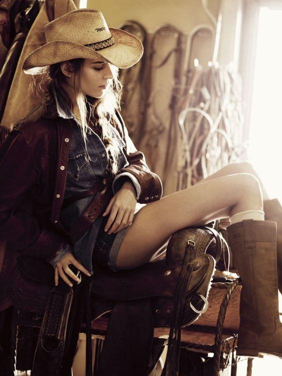 Шляпа женская в ковбойском стиле фото