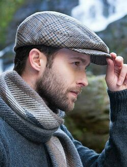 Мужские классические кепки реглан фото