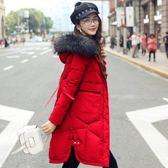 Женская шапка и очки фото