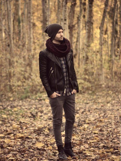 Мужская шапка под кожаную куртку фото