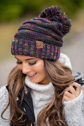 Вязаные шапки с помпоном фото
