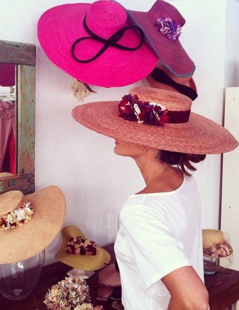 Как украсить шляпу цветами фото
