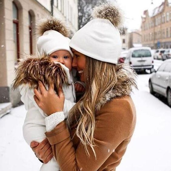 Виды вязаных шапок для женщин фото