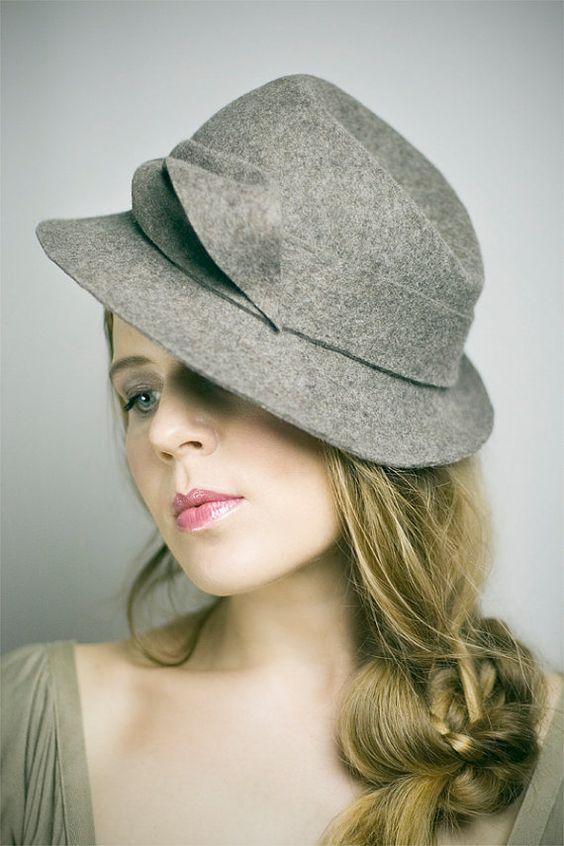 Женские шапки сколько нужно иметь фото